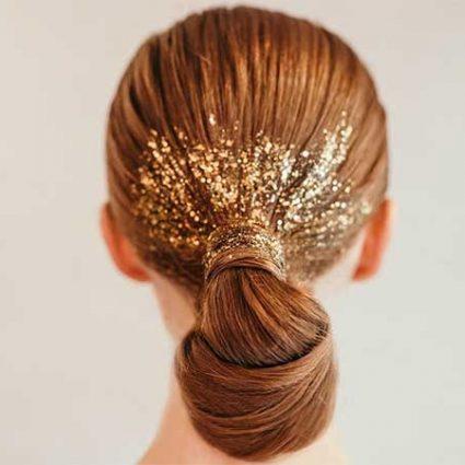 χριστουγεννιάτικα μαλλιά με glitter